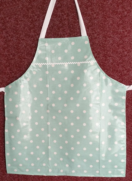 Adult apron in easy wipe fabric
